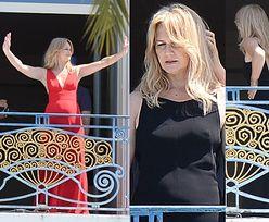 Torbicka pozuje do zdjęć na balkonie w Cannes (ZDJĘCIA)