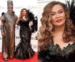 Mama Beyonce chwali się stylowym mężem i opierzonym ramieniem