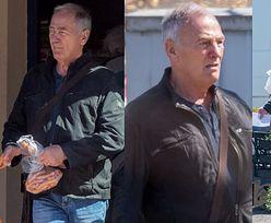 Umęczony Karol Strasburger dźwiga torbę z zakupami i uzupełnia zapasy frankfurterek (ZDJĘCIA)