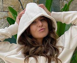 Anna Lewandowska odstresowuje się w HISZPAŃSKIEJ WILLI. Pokazała, jak harcuje z córkami nad basenem (ZDJĘCIA)