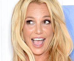 """""""Wyzwolona"""" Britney Spears pozuje TOPLESS! (FOTO)"""