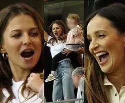 Anna Lewandowska i Marina Łuczenko z dziećmi dopingują mężów na meczu (ZDJĘCIA)
