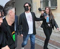 Jan B. ODPYCHA rękę dziennikarki po wizycie w prokuraturze (FOTO)