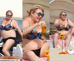 Wakacyjna Katarzyna Niezgoda raczy się zimnym piwkiem na plaży w Sopocie (ZDJĘCIA)