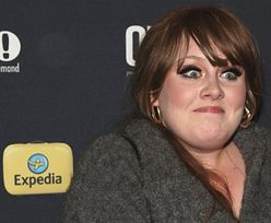 Naturalna Adele BEZ MAKIJAŻU przyłapana przed domem w Beverly Hills! (FOTO)