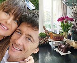 """Ciężarna Lewandowska składa życzenia świąteczne. Fanka: """"Aniu, twoje jajeczko pięknie rośnie!"""" (FOTO)"""