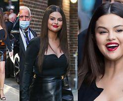 Selena Gomez robi furorę w Nowym Jorku w spódnicy Versace (ZDJĘCIA)