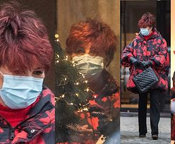 Jolanta Kwaśniewska z torebką Chanel buszuje przed świętami w sklepie z meblami (ZDJĘCIA)