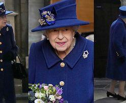 Królowa Elżbieta chodzi o lasce! Brytyjczycy są zaniepokojeni (ZDJĘCIA)