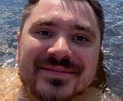 """Daniel Martyniuk pluska się w rzeczce niczym powabna rusałka: """"Sezon kąpielowy otwarty!"""" (FOTO)"""