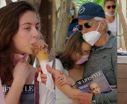 18-letnia córka Catherine Zety-Jones i Michaela Douglasa na zakupach z rodzicami. Podobna do mamy? (ZDJĘCIA)