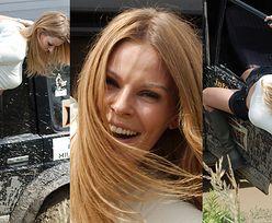 Gibka Małgorzata Tomaszewska śle uśmiechy z pola motocrossowego i zwisa z drzwi ubłoconego samochodu terenowego (ZDJĘCIA)