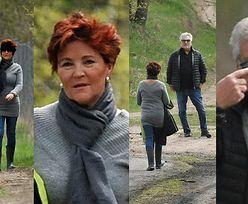"""""""Codzienni"""" Aleksander i Jolanta Kwaśniewscy urządzają sobie wiosenną przechadzkę po lesie (ZDJĘCIA)"""