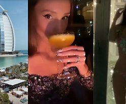 Marina Łuczenko sączy drinki i PODRYGUJE W BIKINI na wczasach w Dubaju