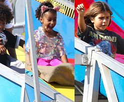 Dzieci Kardashianów szaleją w parku rozrywki w towarzystwie opiekunek