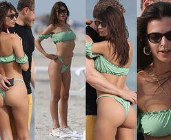 Emily Ratajkowski podciąga majtki i pręży brzuch na wakacjach w Miami (ZDJĘCIA)