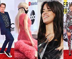 Macaulay Culkin, Taylor Swift, Jennifer Lopez i inni na gali AMA (ZDJĘCIA)