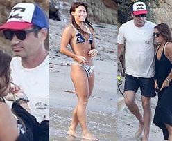 David Duchovny wypoczywa na plaży w towarzystwie młodszej o 33 lata dziewczyny (ZDJĘCIA)