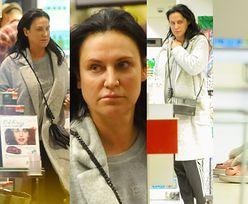 Kayah bez makijażu i w klapkach z futerkiem robi zakupy w drogerii (ZDJĘCIA)