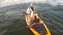 Wędkarstwo ekstremalne. Portugalczyk w kajaku walczył z rybą