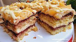 Przepis na ciasto z gruszkami, masą budyniową i białą czekoladą