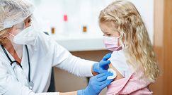 """Szczepienia dzieci na koronawirusa. """"To kontrowersyjny temat"""""""