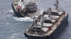 Statek u wybrzeży Japonii złamał się na pół. Doszło do wycieku ropy do morza