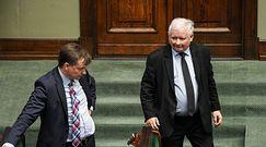 """Jarosław Kaczyński nie ufa Zbigniewowi Ziobrze? """"To świadczy o jego determinacji"""""""