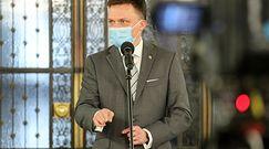 """Szymon Hołownia zaszczepiony na COVID. Prof. Dudek """"przejrzał"""" intencje PiS"""