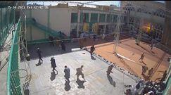 Śmierć 47 osób w zamachu terrorystycznym w Afganistanie. Nagranie momentu wybuchu w świątyni