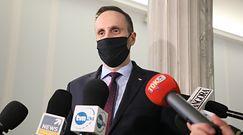 Nowe obostrzenia. Cięta riposta Bolesława Piechy z PiS na wpis Janusza Kowalskiego
