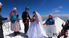 Ślub na szczycie Andów. Para młoda wspinała się na ceremonię trzy dni