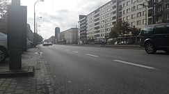 """Nowa moda wśród kierowców. """"Rezerwują"""" miejsca parkingowe"""