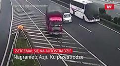 Stanął na autostradzie. Bezmyślność bez konsekwencji