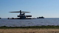 Postrach lotniskowców trafił do muzeum. Nagranie z Morza Kaspijskiego
