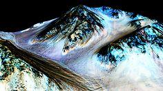 Woda w kosmosie. Nowe informacje napływają z Marsa