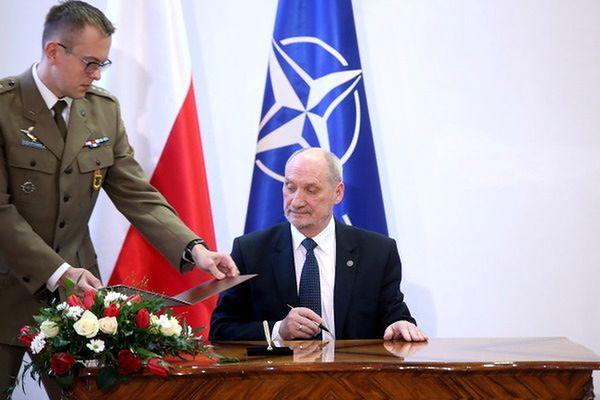 Po 31 godzinach istnienia nowa komisja ws. Smoleńska ustaliła przyczyny katastrofy? Niefortunny wpis na Twitterze