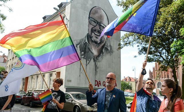 Demonstracja środowisk równościowych do Jacka Kurskiego