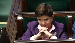 Wyborcy wolą na fotelu premiera Beatę Szydło