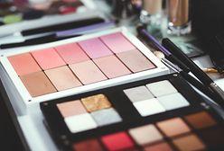 Palety do makijażu. Znajdziesz w nich nie tylko cienie