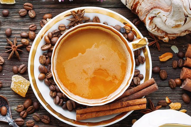 Kawa z cynamonem - aromatyczna mieszanka o prozdrowotnych właściwościach