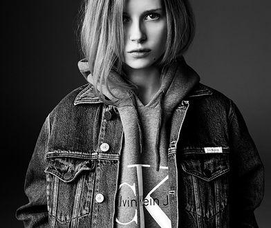 Rewolucja w Calvin Klein, czyli po co marce nowe logo?