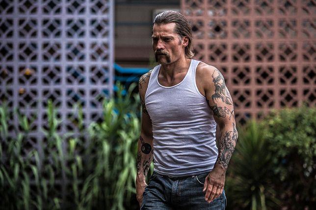 #dziejesiewkulturze: gwiazda ''Gry o tron'' w mocnym filmie o życiu więźniów. Szykuje się brutalny hit [WIDEO]