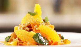 Marokańskie wydanie sałatki z marchewki