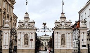 Koronawirus w Warszawie. Obecnie wykładowcy prowadzą zajęcia online