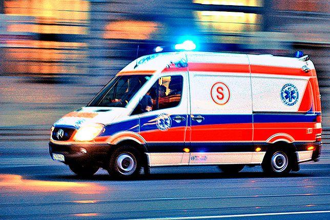 Dwóch robotników po upadku trafiło do szpitala