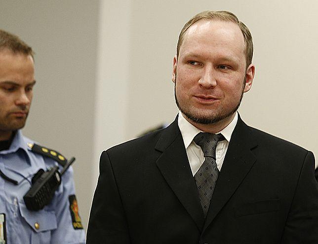Jak Breivik mógł to zrobić słuchając wyroku? - zdjęcia