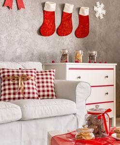 Wybraliśmy najpiękniejsze świąteczne poduszki. Kupisz je za niewielkie pieniądze