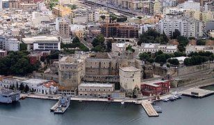 Widok na portową część miasteczka Brindisi