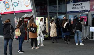 """Bonus """"szczepienie plus"""". Pierwsze miasto w Polsce przyzna zniżki osobom po szczepieniu"""
